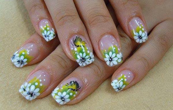 diseño uñas acrilicas con margarita