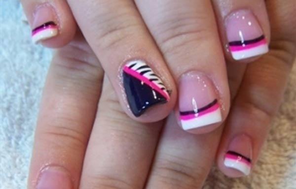 diseño de uñas de acrílico con colores