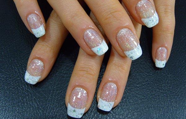 diseño de uñas de acrílico francesas