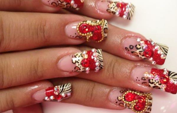 diseño de uñas de acrílico largas