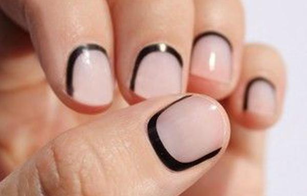 diseño uñas cortas liso ralla