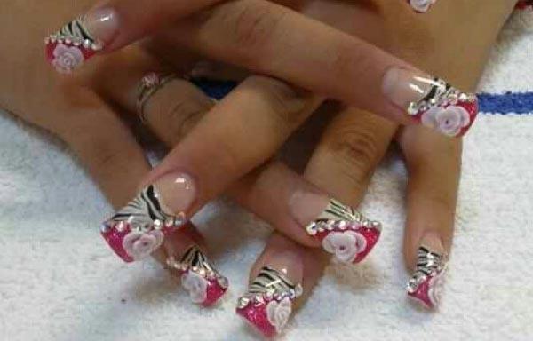 diseños uñas acrilicas con flores