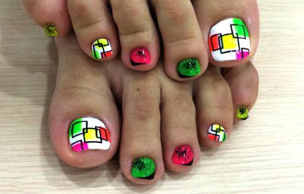 Diseño de uñas de los pies geometrico