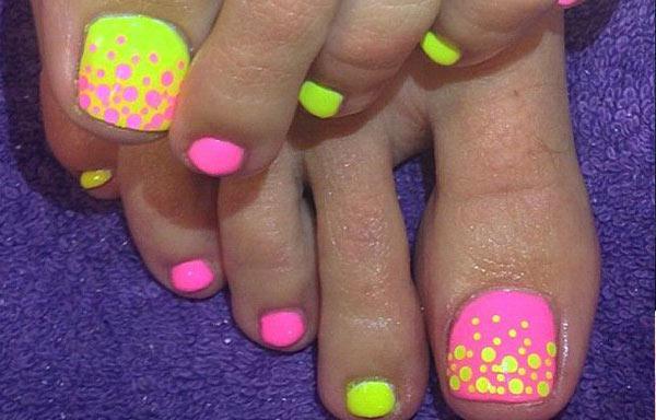 diseño para uñas delos pies morenos