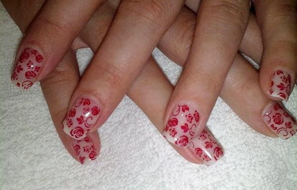 diseño uñas de gel con flores
