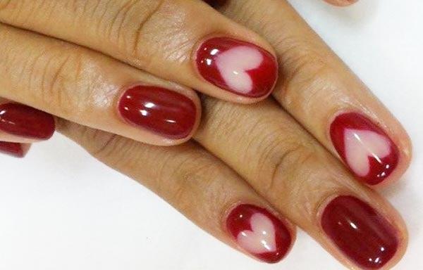 diseño de uñas con gelish aguas rojas corazones