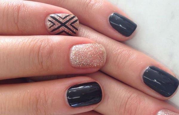 diseño uñas naturales decoradas