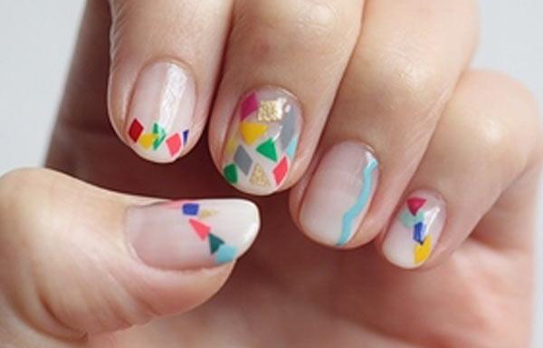 diseños uñas con esmalte tutifruti