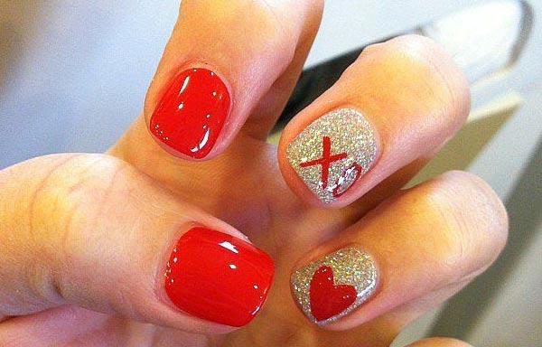 Diseños de uñas juveniles con corazon