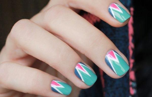 disenos uñas juveniles con esmalte