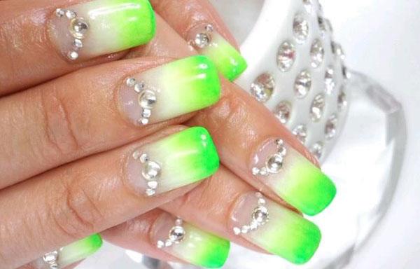 ver diseño uñas de glitter