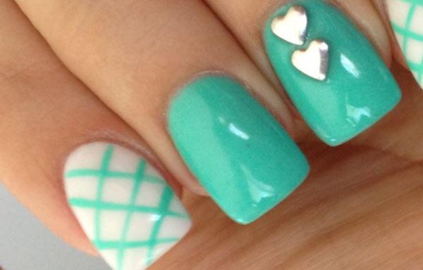 ver diseño uñas dibujos rayas corazones