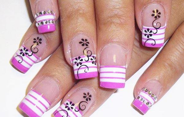 ver diseño uñas con rayas