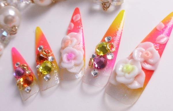 diseño de uñas 3d encapsuladas