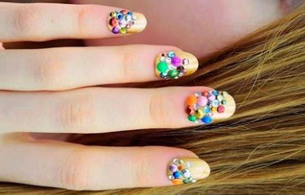 diseño de uñas 3d con globos