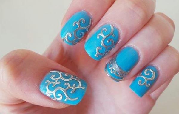 diseño de uñas 3d plata