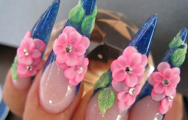 diseño de uñas 3d con rosas
