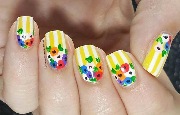 diseños de uñas con rayas color