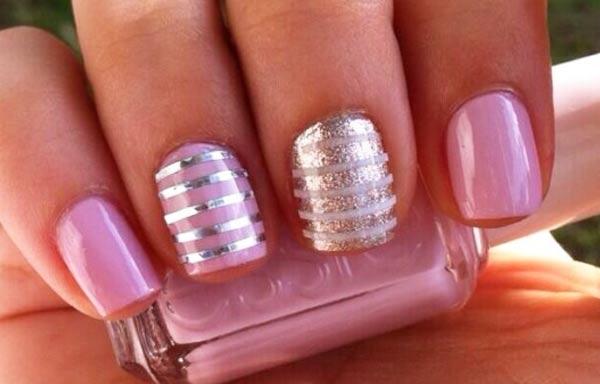 Diseños de uñas con rayas finas