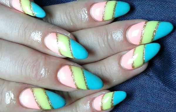 Diseños de uñas con rayas largas