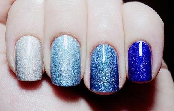Diseño de uñas acrilicas con escarcha capa