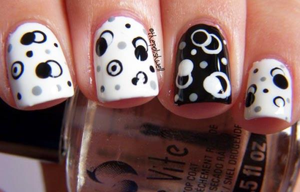 diseño de uñas hipster blanco y negro
