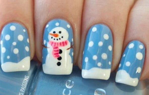 diseño de uñas invierno nieve