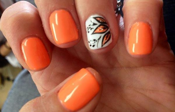 diseño de uñas a la moda esmalte