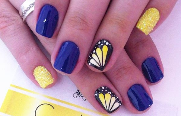 diseño de uñas a la moda vestir