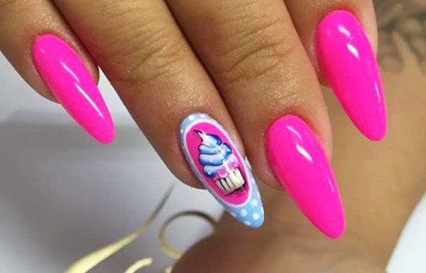 diseño de uñas neon acrilicas largas