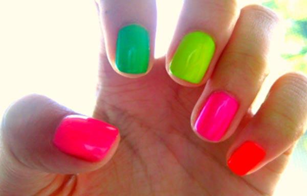 diseño de uñas colores