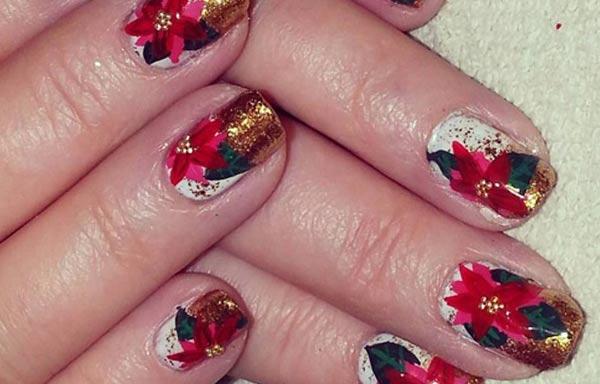 diseño de uñas con rosas vintage