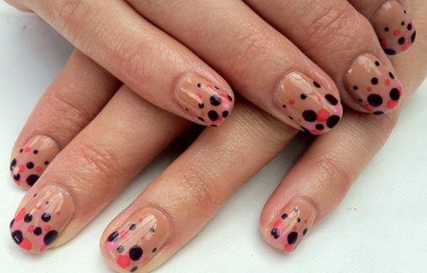 diseños de uñas shellac puntos