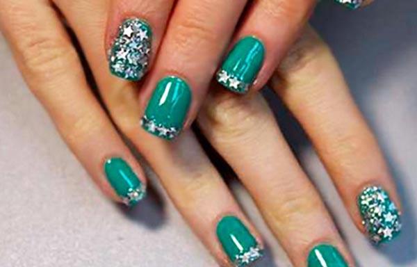diseños de uñas shellac verde
