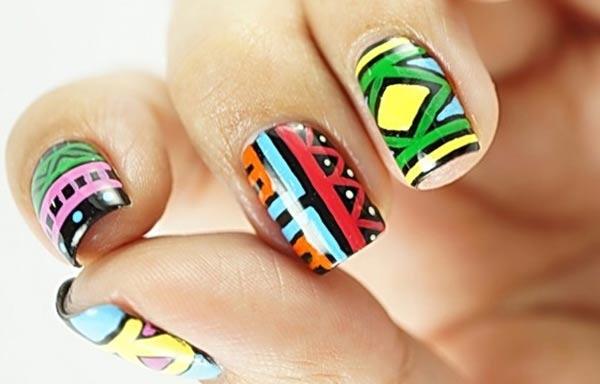 diseño de uñas tribales africa