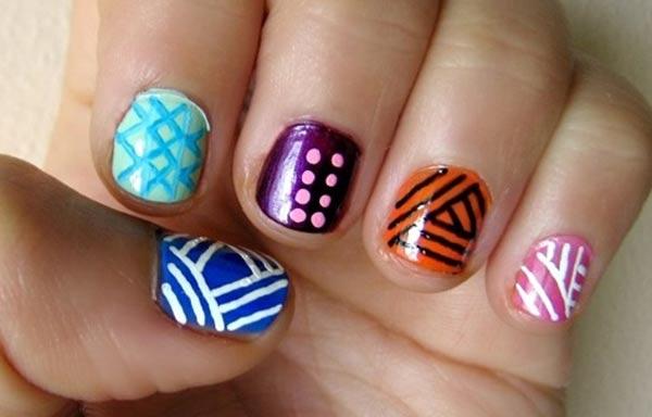 diseño de uñas tribales cortas