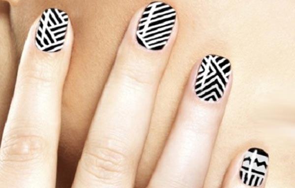 diseño de uñas tribales rayas