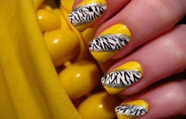 Se estratifican las uñas en las manos que curar