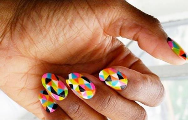 diseño para uñas nuevos curvas multicolor