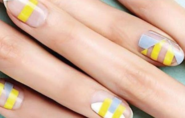 diseño para uñas nuevos curvas lunas rayas