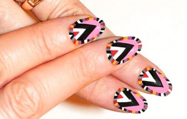 diseño para uñas nuevo triangulos