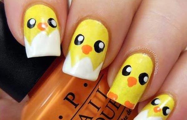 diseño uñas con animales pollitos