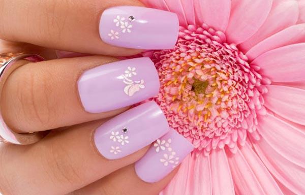 diseño de uñas colores dulces