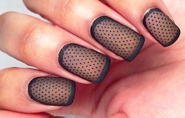 diseño de uñas colores negro