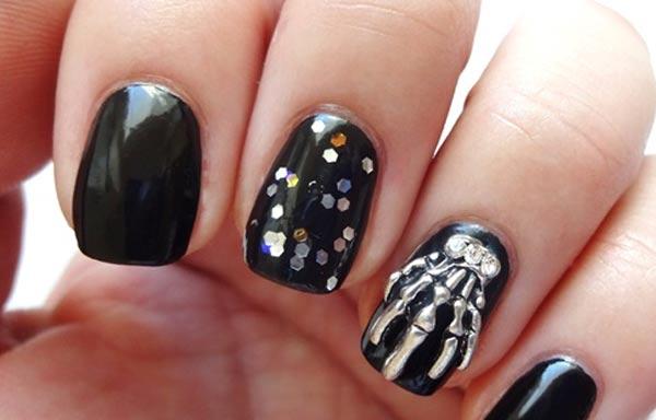 diseño de uñas góticas esqueleto