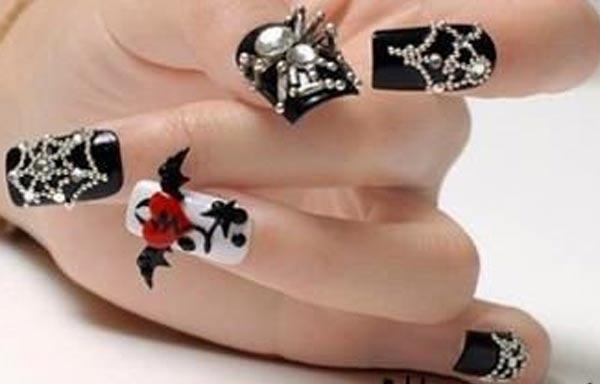 diseño de uñas góticas 3d