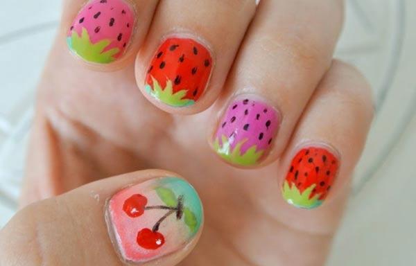 diseño de uñas para niñas con frutas