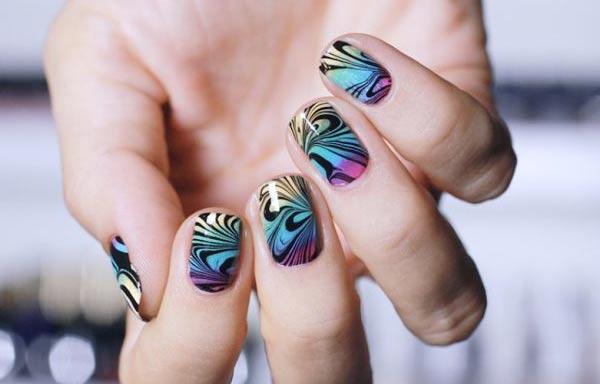 diseños de uñas para boda al agua