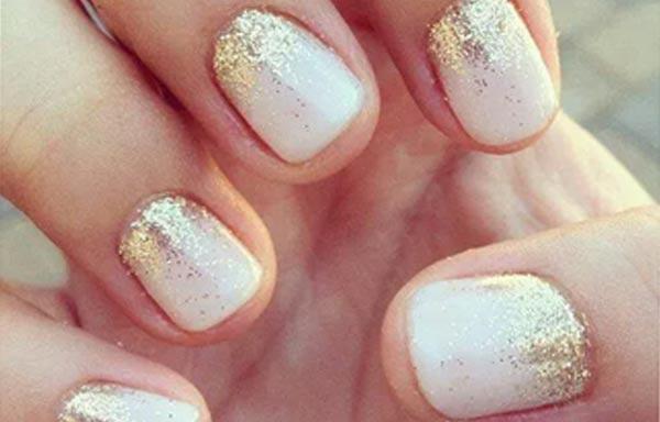 diseño de uñas para boda dorado