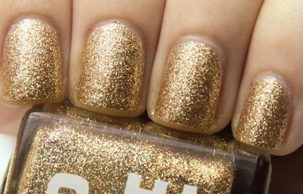 diseño de uñas para boda oro